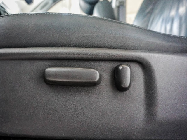 Toyota Hilux 3.0 SRV Turbo Diesel 4x4 Aut 2014 apenas 80.000 KM rodados - Foto 15
