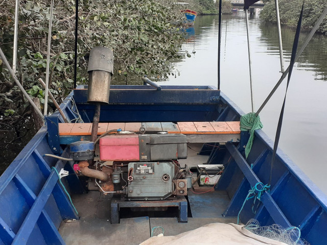 Bote barco de pesca - Foto 3