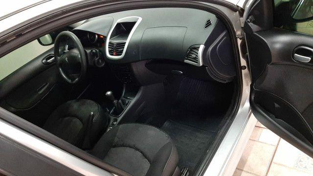 Peugeot 207 1.4 Flex 2010/2011 - Foto 4