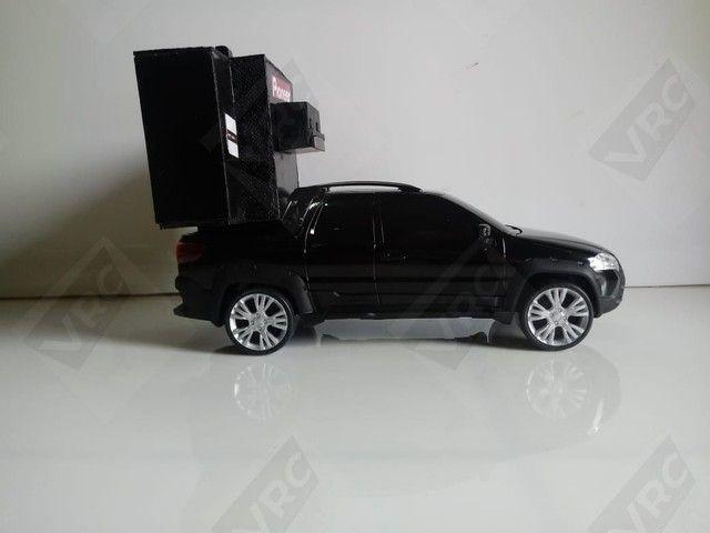 Miniatura Fiat Strada com mini paredão - Foto 4