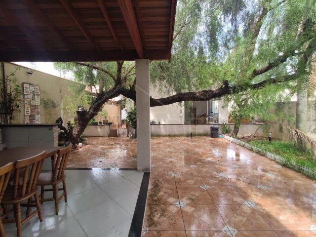 Casa à venda com ótimo quintal no Jardim Paraná - Foto 14