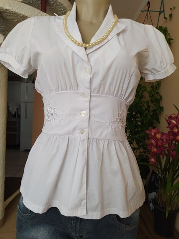 Lote 100 peças de roupas femininas seminovas, lindas - Foto 4