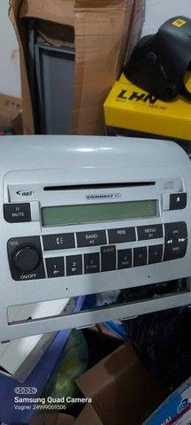Rádio original fiat strada e Siena c Bluetooth e USB. funcionando perfeitamente  - Foto 2
