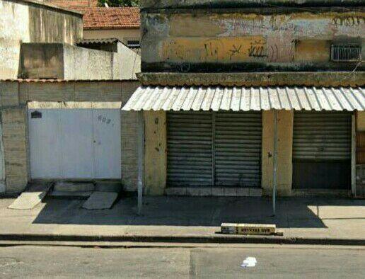 IMPERDÍVEL - Vendo 1 casa + 2 lojas comerciais / bairro: Pilares