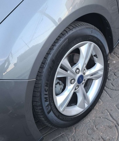 FORD FOCUS 14/15 S AT 1.6 HATCH  - Foto 3