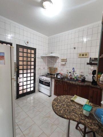 Casa à venda com ótimo quintal no Jardim Paraná - Foto 7