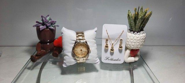 Relógio com jóia