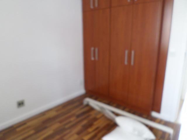 Beânia: 3 quartos 2 vagas ótima localização - Foto 9