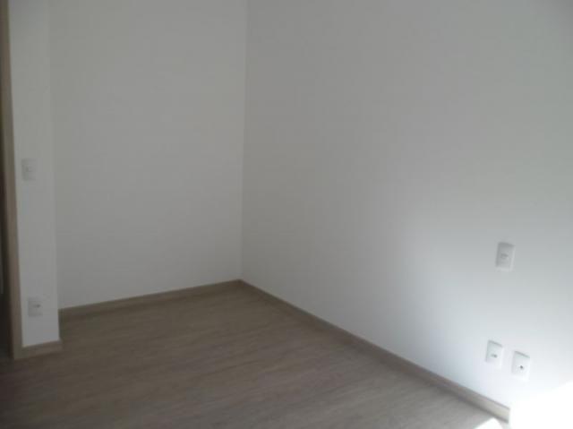 Apartamento 4 quartos, varanda, elevador, 2 vagas livres em condomínio inteligente. - Foto 7