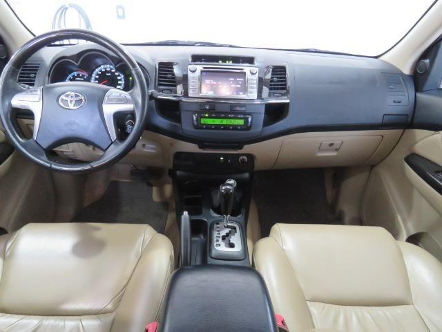 Toyota Hilux SW4 3.0 TDI 4x4 SRV 7L 2015 - Foto 9