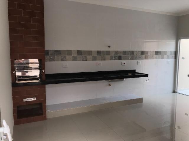 Casa nova 150m em condomínio fechado - suite - closet - area de churrasco - Foto 2