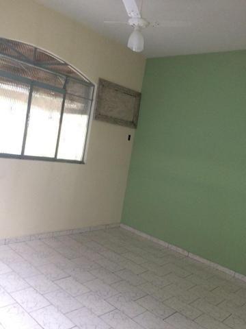 Ótima casa recém reformada no Bairro Aeroporto - Foto 6