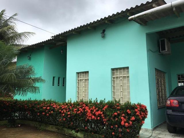 Alugo Linda casa Com Piscina no Parque 10 com 5 Quartos e 2 Suítes - Foto 11