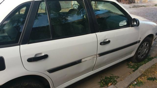 Carro para vender ou trocar . fialt ou palio documentação - Foto 2