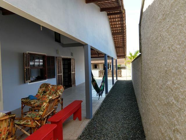 Alugo Casa Temporada em Itapoá está vaga Apartir dia 24/12 ate dia03/04/20 - Foto 5