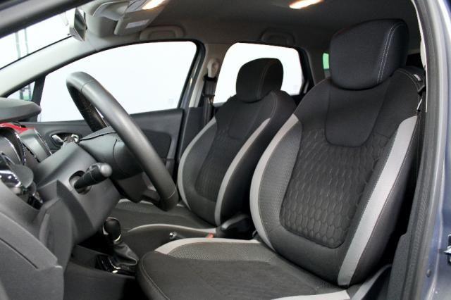 Renault Captur ZEN 1.6 4P - Foto 9