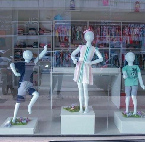 Vende-se loja de roupas e acessórios infantis completa - Foto 6