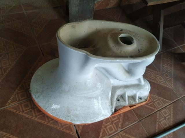 Vaso Sanitário com caixa acoplada - Foto 3
