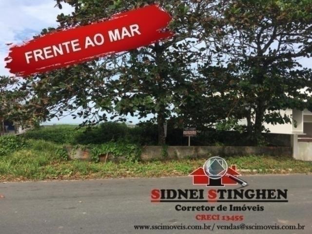 Confira. Ótimo terreno amplo, de frente ao mar, em Bal. Barra do Sul - SC