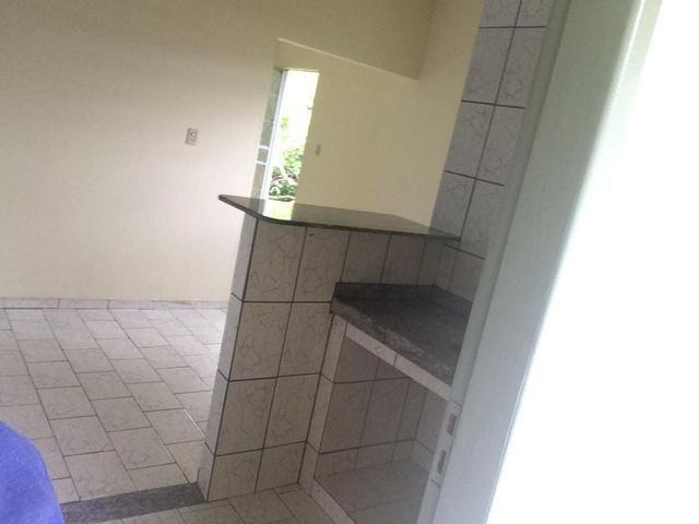 Ótima casa recém reformada no Bairro Aeroporto - Foto 5