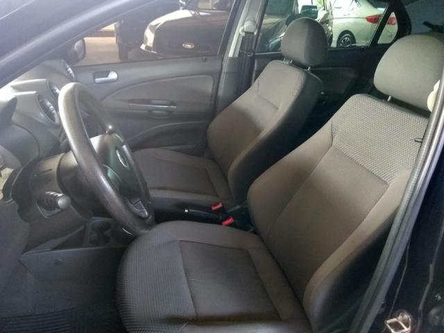 Volkswagen Voyage VOYAGE 1.6 MI TREND 8V FLEX 4P MANUAL 4P - Foto 5