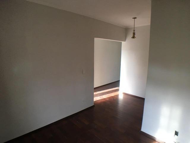 Aluga casa com 5 quartos no bairro Fátima II - Foto 4