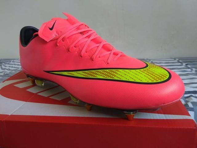 Chuteira de Campo Nike Hypervenom Tamanho 36 Usada - Esportes e ... 38e88c24822e0