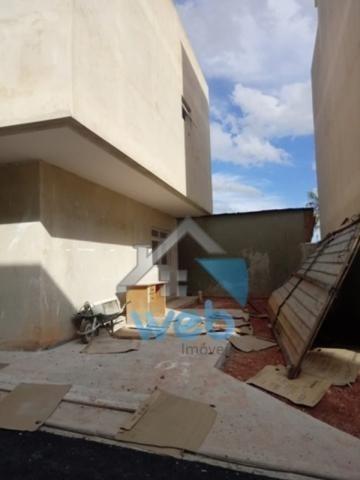 Uberaba, sobrado, três quartos, duas suítes, garagem, terraço. - Foto 2
