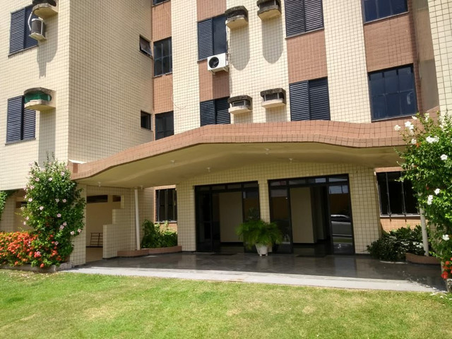 Grande apartamento para aluguel em Salinas. Ed. Bariloche. 4 quartos, s/ 3 suítes - Foto 5