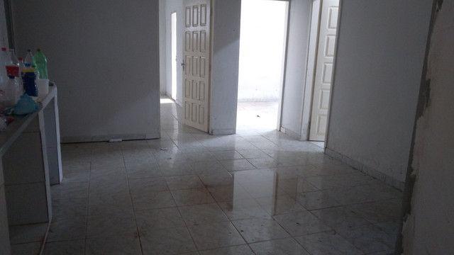 Alugo casa na folha 26,nova Marabá,não tem garagem,bem ampla,1.300
