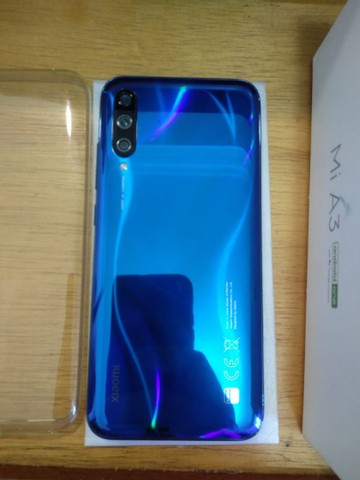 Celular Xiaomi Mi A3 64gb semi novo na caixa com NF