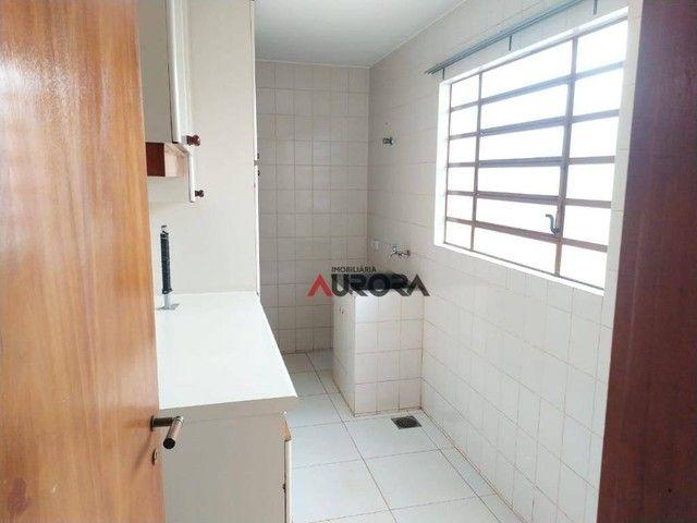 Sobrado com 4 dormitórios para alugar, 370 m² por R$ 5.700,00/mês - Araxá - Londrina/PR - Foto 13
