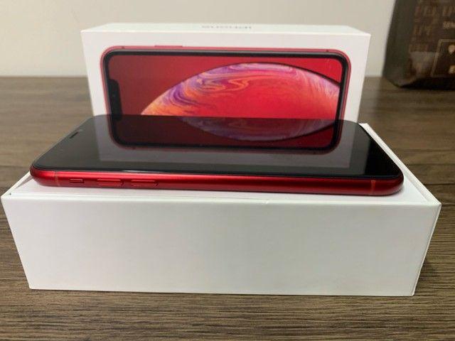 iPhone XR vermelho 64GB - Foto 5