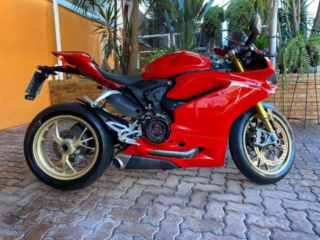 Moto Ducati Panigale S 1299 com incríveis 3.500 Km, vários acessórios, estado de zero! - Foto 7