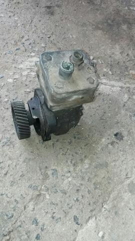Vendo alternador e compressor do axor 1933