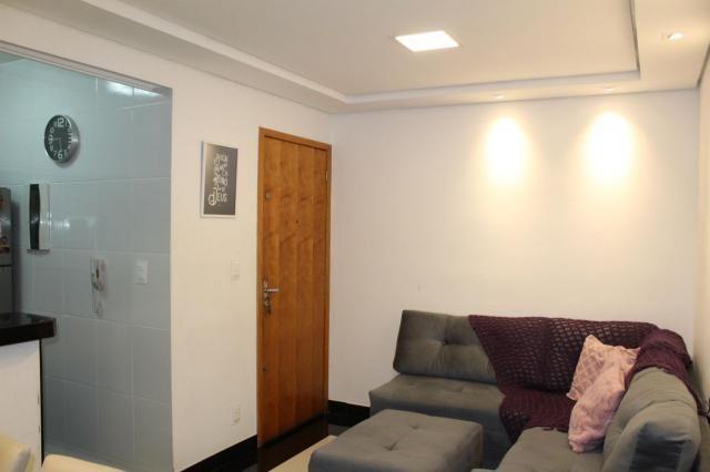 Oportunidade!!! apartamento 3 quartos todo reformado e com ótima localização - Foto 2