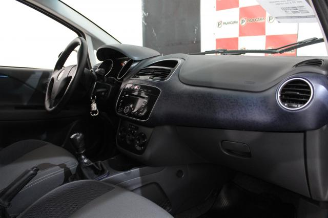 FIAT PUNTO 2013/2014 1.4 ATTRACTIVE 8V FLEX 4P MANUAL - Foto 3