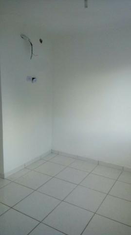Apartamento duplex, quadra do mar, 3 quartos (duas suítes) - Foto 2