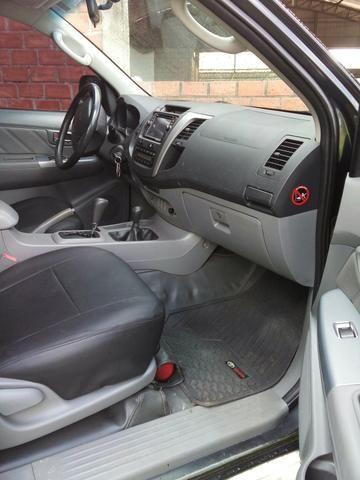 Hilux 2010 diesel 3.0 automática abaixe o preço 85.000.00 - Foto 2