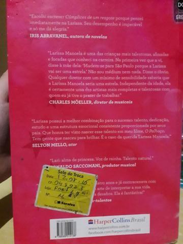 e90b07fa98827 Primeiro livro de Larissa Manoela