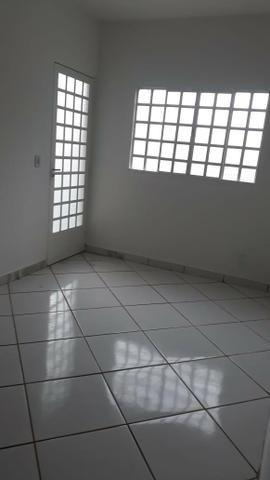 Linda Casa Laje Esquina Ao Lado do Centro, 02 Quartos - Foto 8