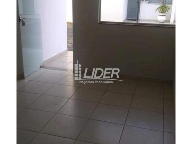 Casa de condomínio para alugar com 2 dormitórios em Saraiva, Uberlândia cod:864946 - Foto 13