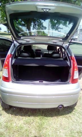 Um carro - Foto 8