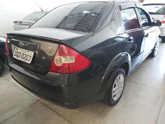 Fiesta Sedan 1.6 2005 completo!!! - Foto 4