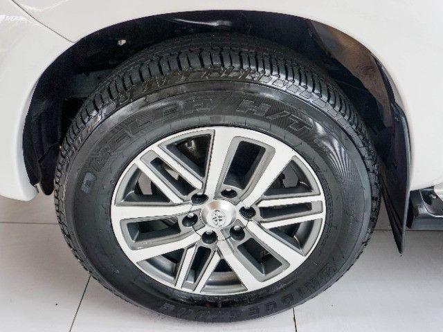 Toyota Hilux 3.0 SRV Turbo Diesel 4x4 Aut 2014 apenas 80.000 KM rodados - Foto 7
