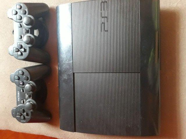 PlayStation 3 muito conservado