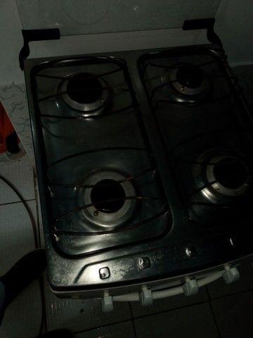 Vendo fogão automático +geladeira + cama box 700 - Foto 2