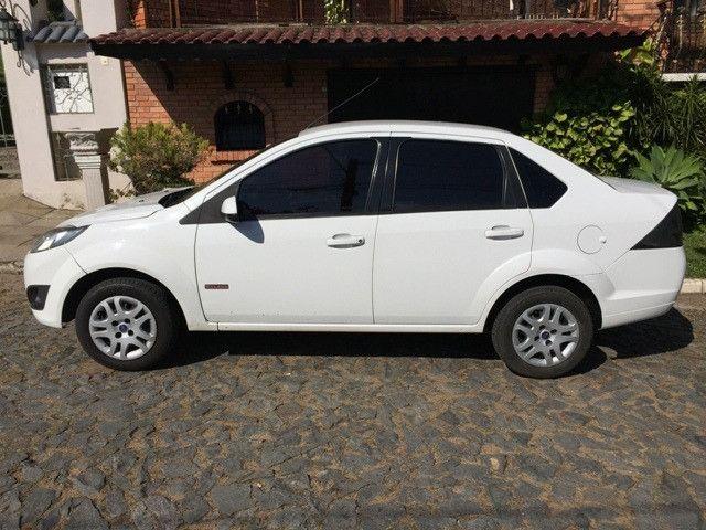 Fiesta Sedan Class 1.6 2013 - Foto 7