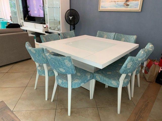 Mesa de jantar 8 lugares com as cadeiras - Foto 3