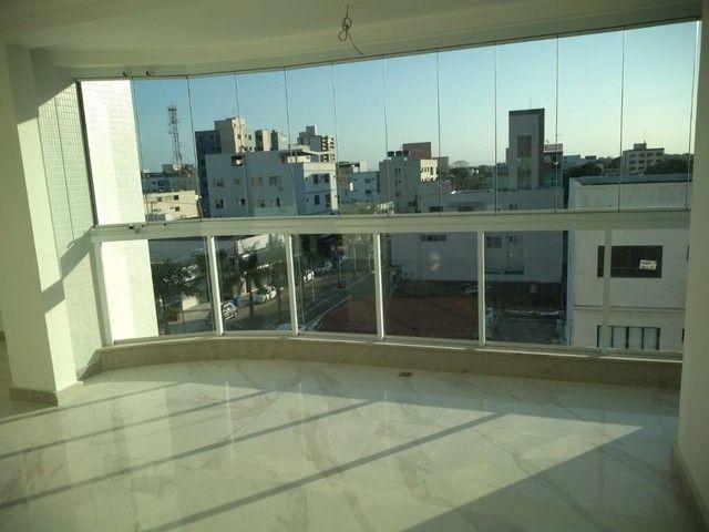 Apartamento 3 quartos para aluguel, 3 quartos, 1 suíte, 2 vagas, Centro - Linhares/ES